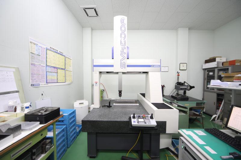 三次元座標測定器